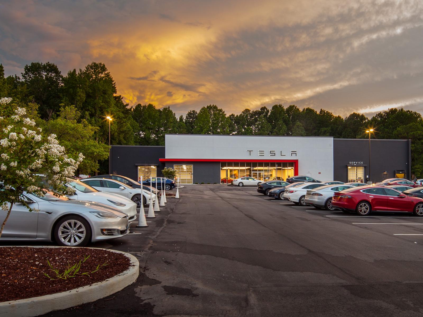 New Tesla Showroom in Raleigh